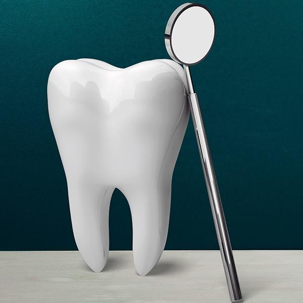 Dental Crown | Kingsland Family Dental Centre | SW Calgary | General Dentist